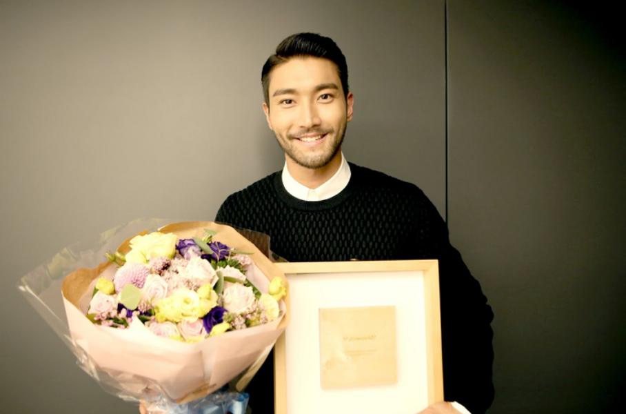 슈퍼주니어 최시원, 한국인 최초로 Twitter 팔로워 5백만 돌파