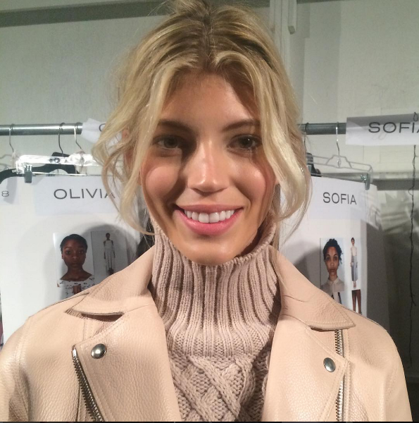 Influential model Devon Windsor (@devwindsor) made a cameo appearance during Neiman Marcus' live Periscope broadcast minutes before walking the @RebeccaMinkoff show.