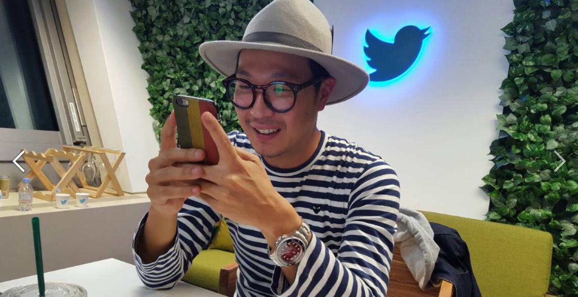 Twitter 블루룸에서 진행된 세 작가와의 라이브 Q&A